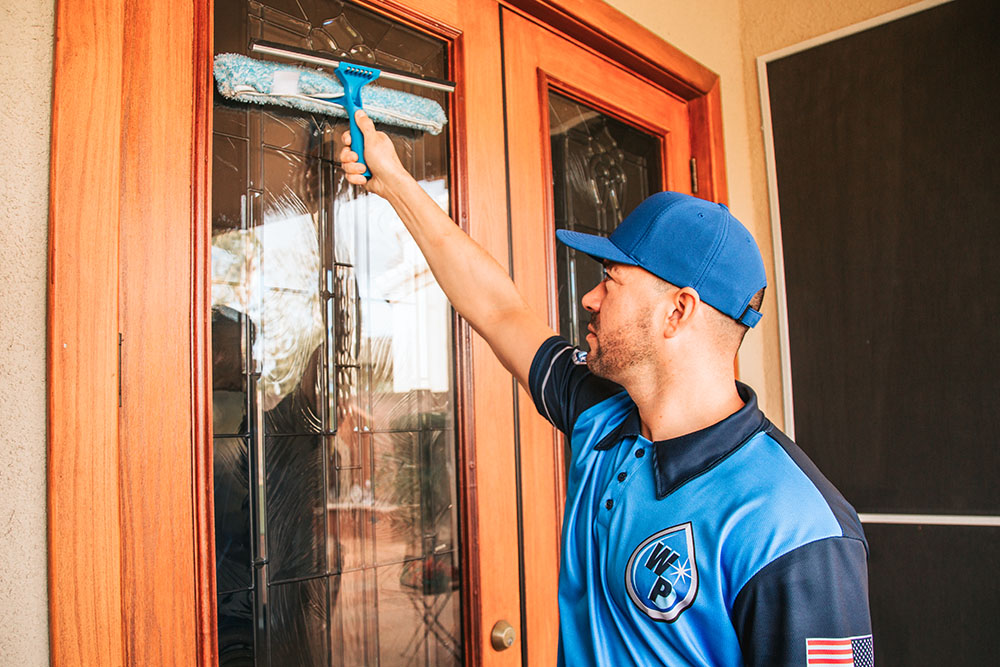 commercial-window-cleaning-goodyear