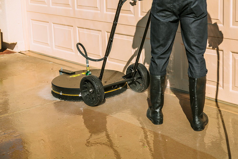 concrete-cleaner-commercial-window-washing-goodyear
